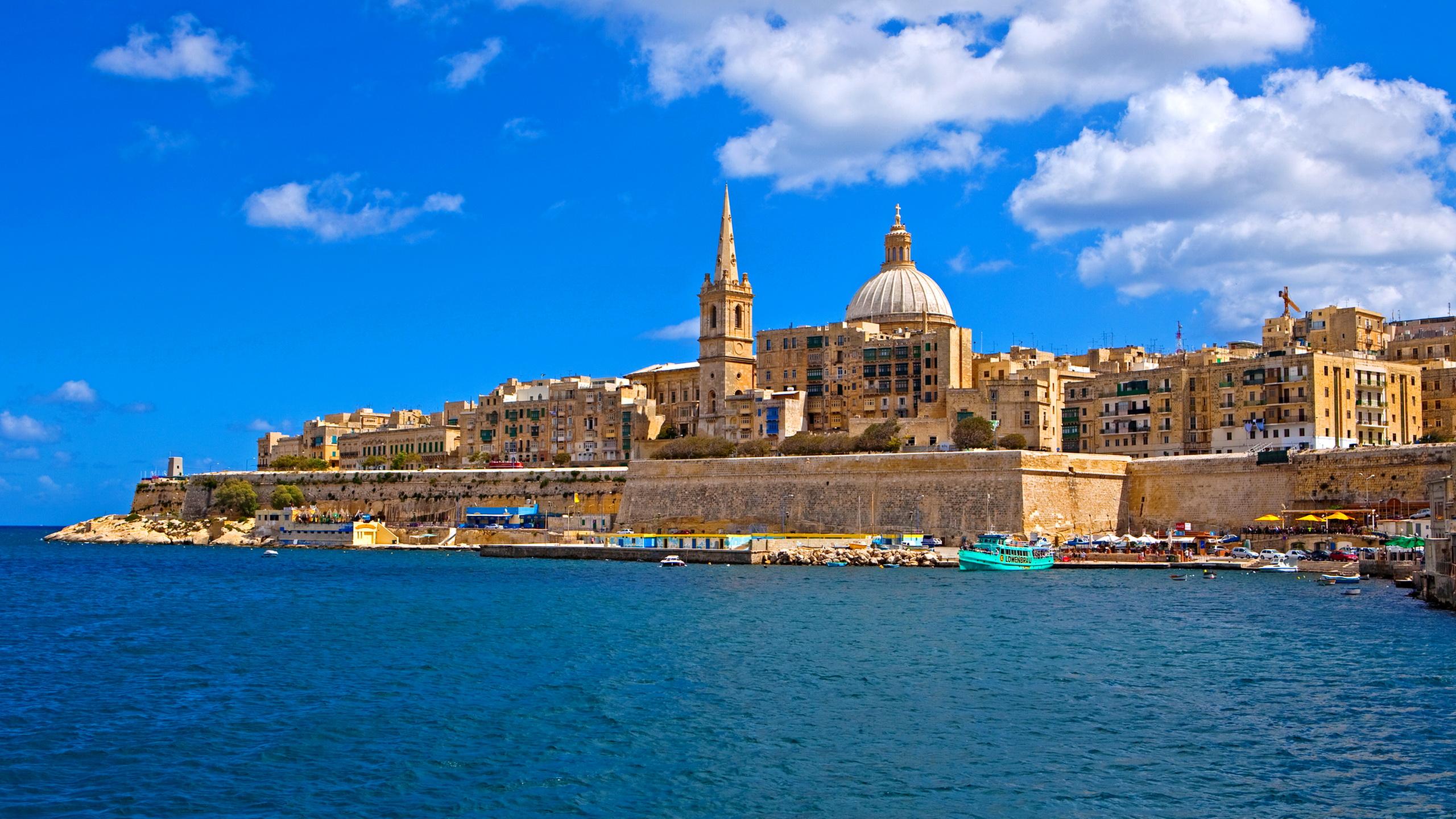 Estate a Malta con voli speciali diretti da Napoli. trasferimenti ...